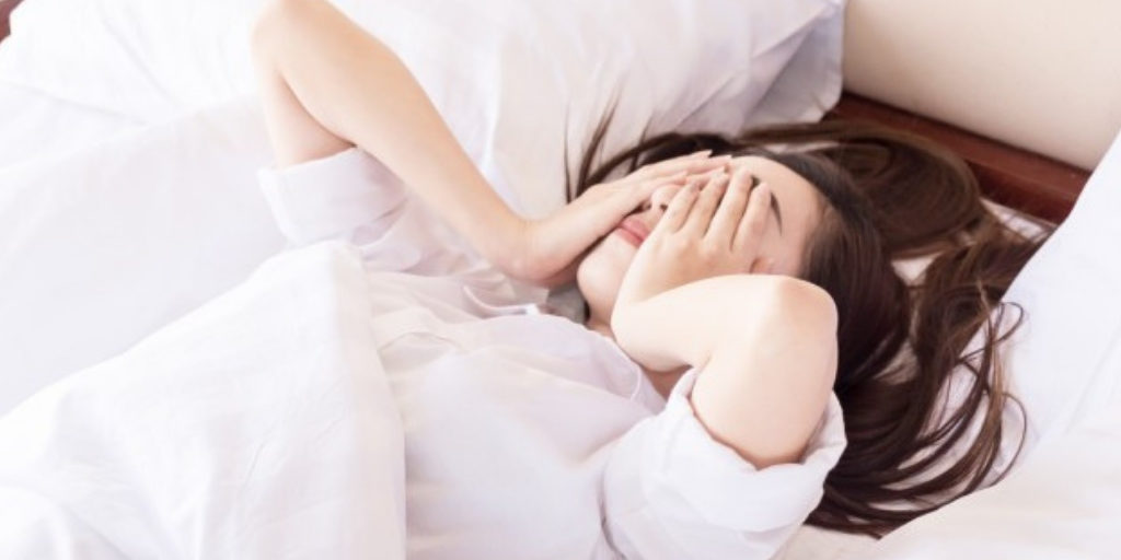 10 Super foods that help you sleep to fight insomnia